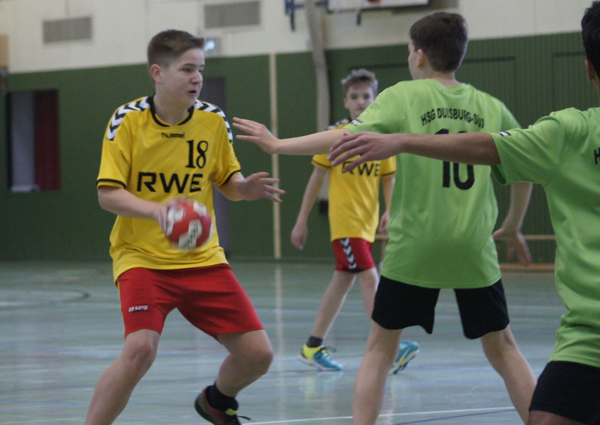 Read more about the article B-JUGEND BESTEHT AUCH BEI HAMBORN UNITED